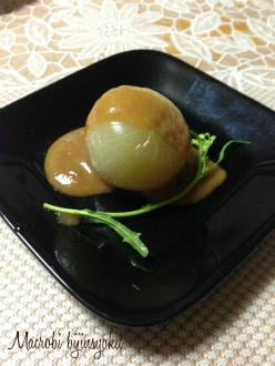 マクロビ玉葱の丸蒸し